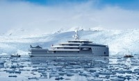 Ice-breaking yacht design